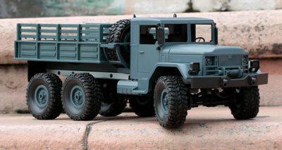 اسباب بازی کامیون جنگی آمریکایی مدل M35 RC Truck