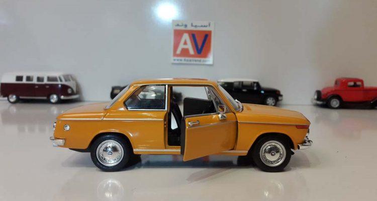 ماکت ماشین آلمانی BMW 2002 ti 2 1 750x400 خرید ماکت ماشین آلمانی BMW 2002 ti