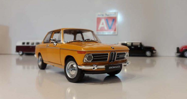 ماکت ماشین آلمانی BMW 2002 ti 3 2 750x400 خرید ماکت ماشین آلمانی BMW 2002 ti