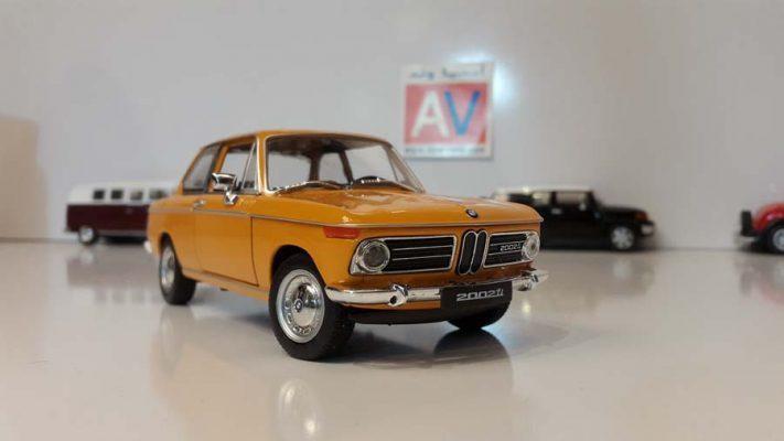 ماکت ماشین آلمانی BMW 2002 ti 3 711x400 خرید ماکت ماشین آلمانی BMW 2002 ti
